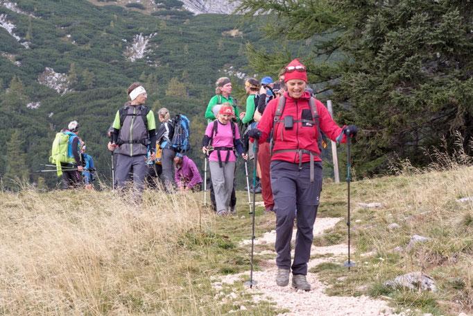 24 Stunden Wanderung am Hals Sattel