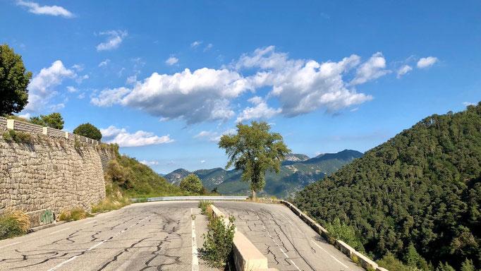 Abfahrt vom Col de Braus