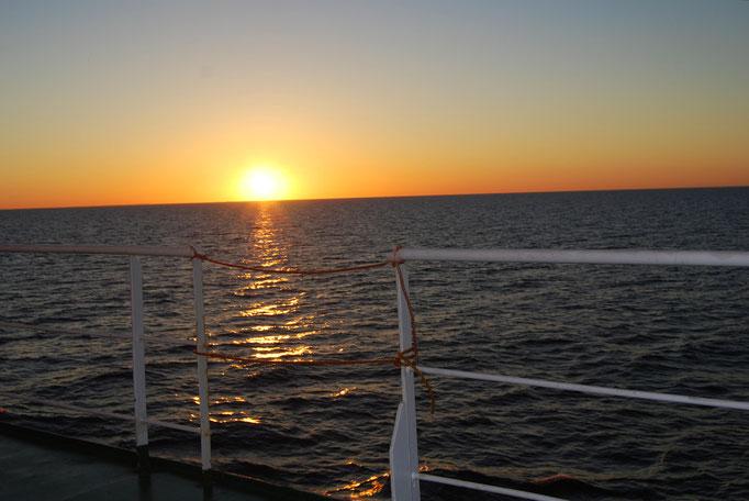 Sonnenuntergang auf der Rückfahrt zum NOK