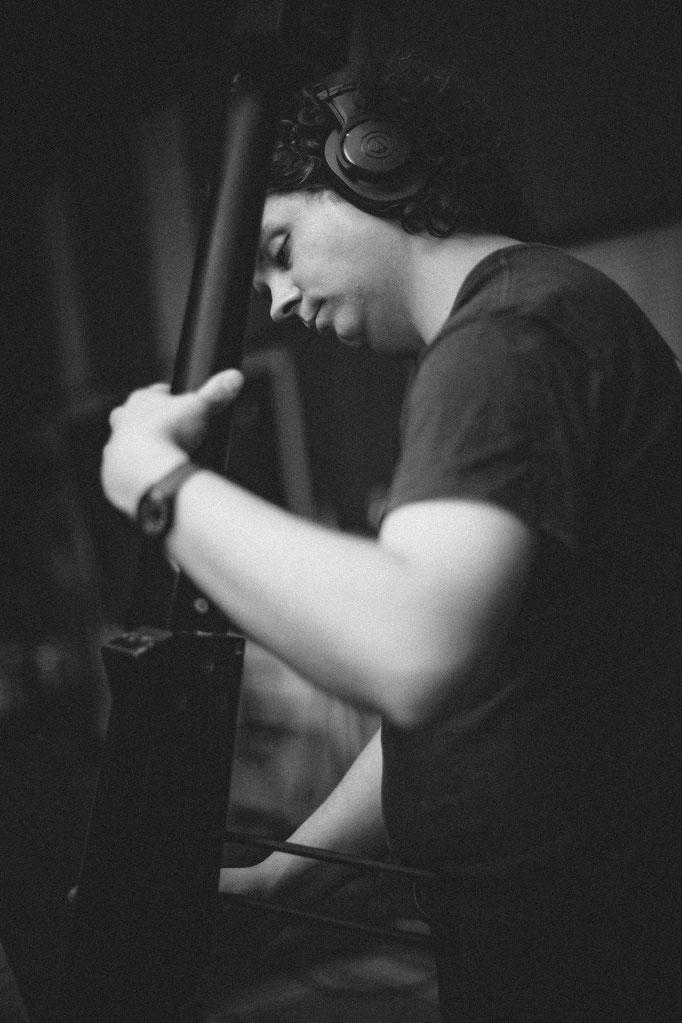 bioloop music |  gyula vadasz