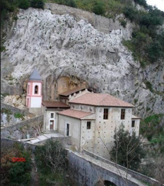 Santuario della Madonna di Colstantinopoli