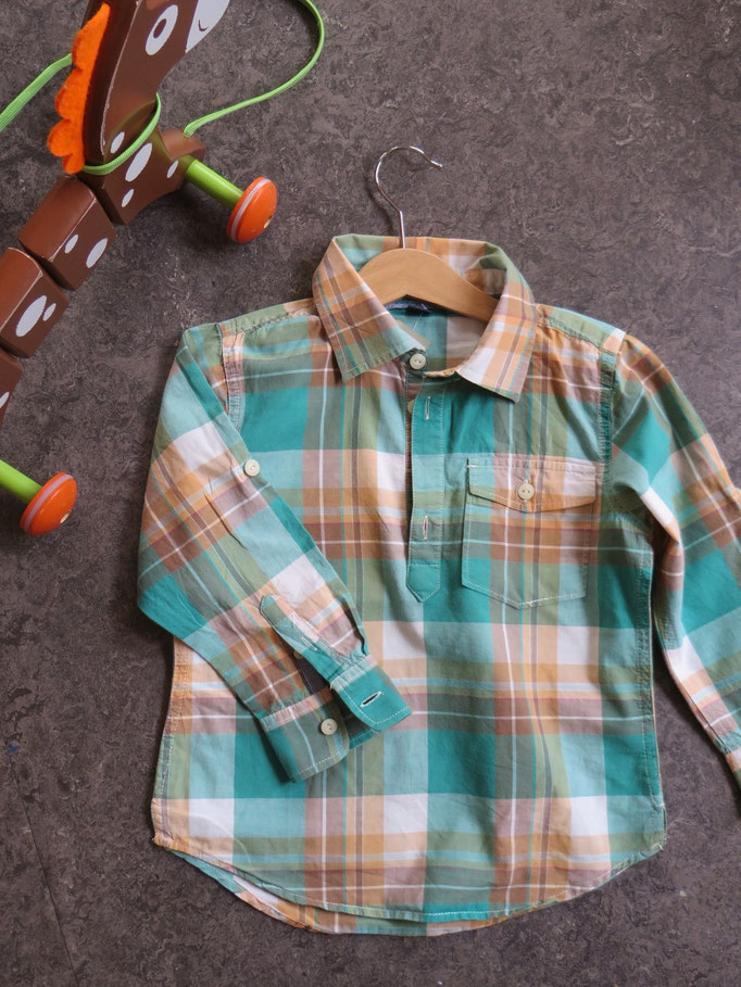 Shirt / Gap - 4y - 14.50 chf - Toy - 13,50 chf - Second Hand Zürich