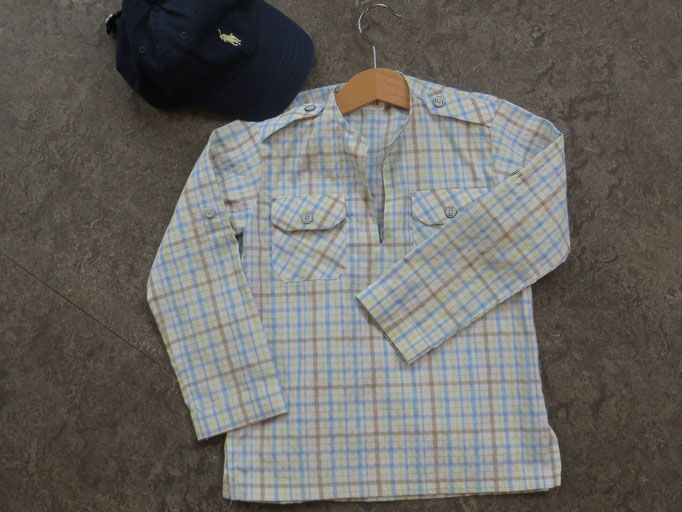 Shirt - 4y- 16,50 chf / Hat - Ralph Lauren - 14,50chf - Second Hand Zürich