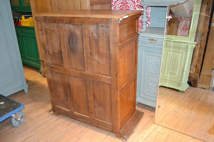 gebrauchte Möbel bei Nouvelle-Antique aus Aachen