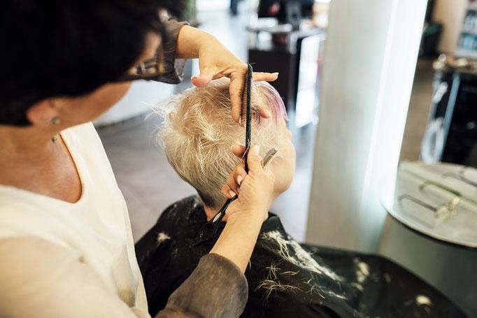 Hairlich Ihr Friseur Cuxhaven Altenbruch - Beate Bunge