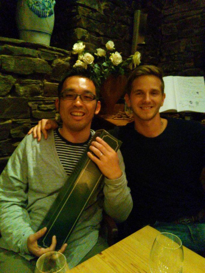 トマスは写真を見ればわかるように間違いなく、カンファレンスとワークショップを通してNo1のイケメンです。トマスも私ととても仲良くしてくれました。