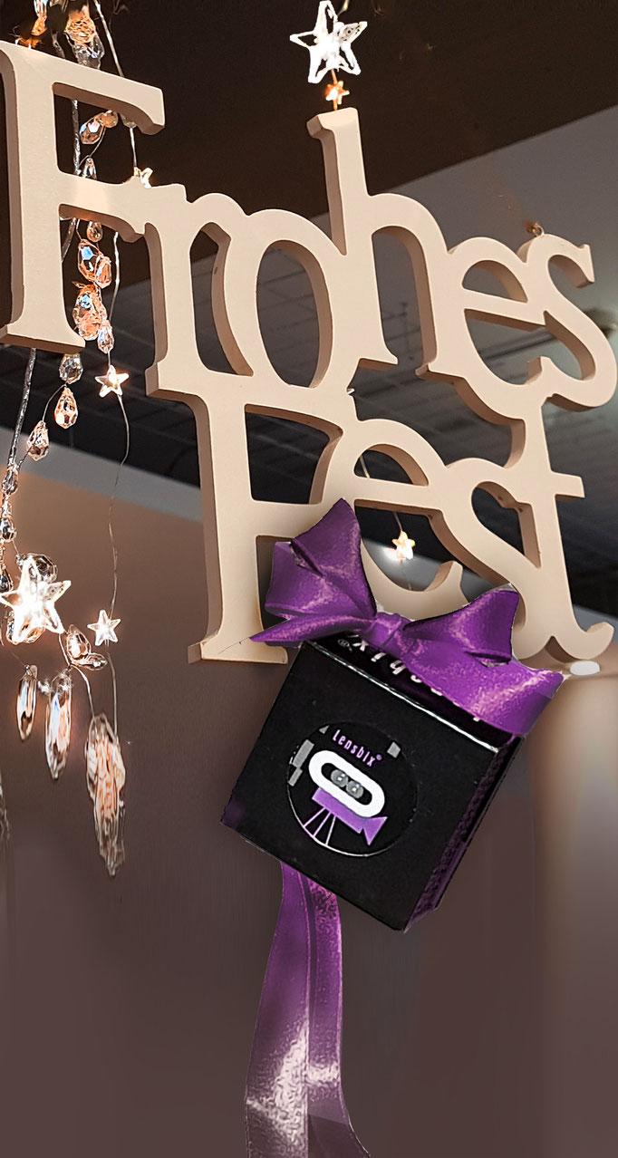 Frohes Fest Lensbix Kontaktlinsenbehälter Aktuelles Weihnachten