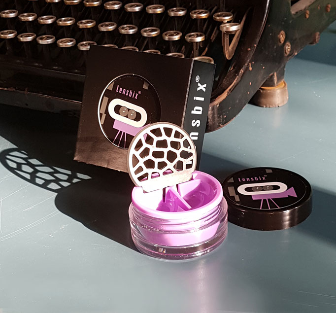 Lensbix mood -  Geschenkidee für Kontaktlinsenträger, den die Muse küsst! / Kontaktlinsenbehälter / Kontaktlinsenbox / Behälter für r Kontaktlinsenaufbewahrung  in Geschenkverpackung