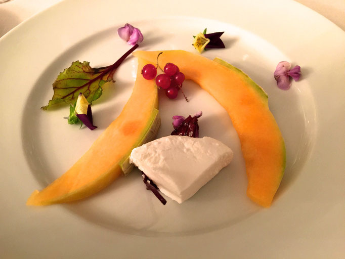 Goat cheese with melon by ZsL