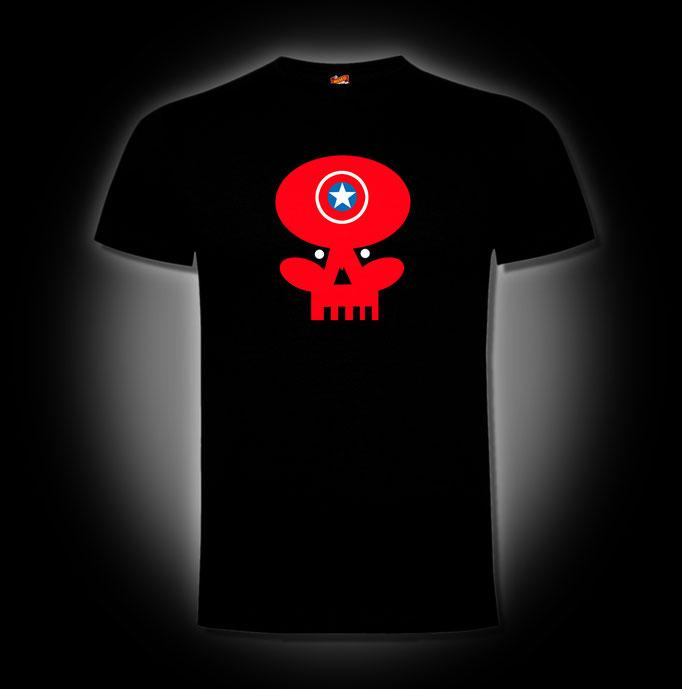 Craneo-Rojo-Chema-Lajarinez-El-Museo-de-las-camisetas