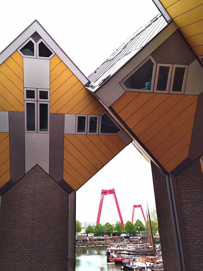 Rotterdam, 2019. Fotoprint, limitierte Auflage von fünf Fotos, 30x40 cm © Christian Benz