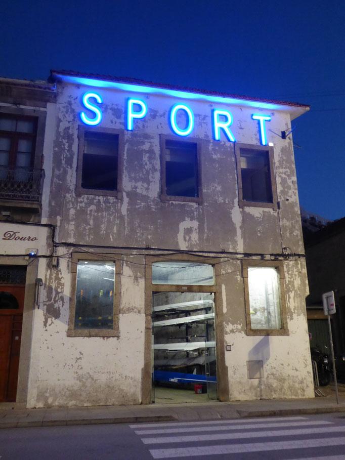 Porto, 2018. Fotoprint, limitierte Auflage von fünf Fotos, 30x40 cm © Christian Benz