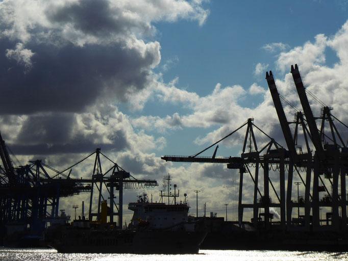 Hamburg, 2021. Fotoprint, limitierte Auflage von fünf Fotos, 30x40 cm © Christian Benz