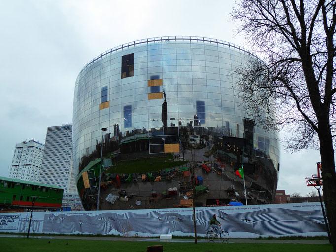 Rotterdam, 2020. Fotoprint, limitierte Auflage von fünf Fotos, 30x40 cm © Christian Benz