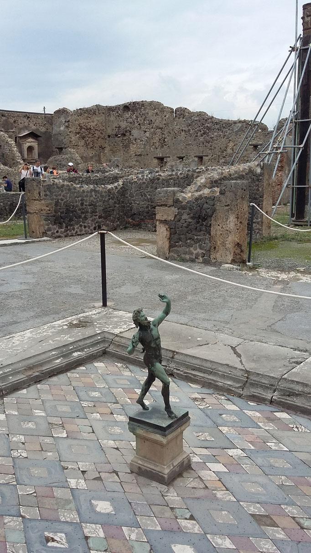 Pompeji, 2016. Fotoprint, limitierte Auflage von fünf Fotos, 30x40 cm © Christian Benz