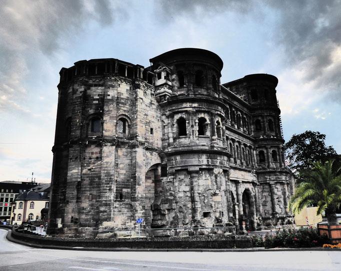 Trier, 2018. Fotoprint, limitierte Auflage von fünf Fotos, 30x40 cm © Christian Benz