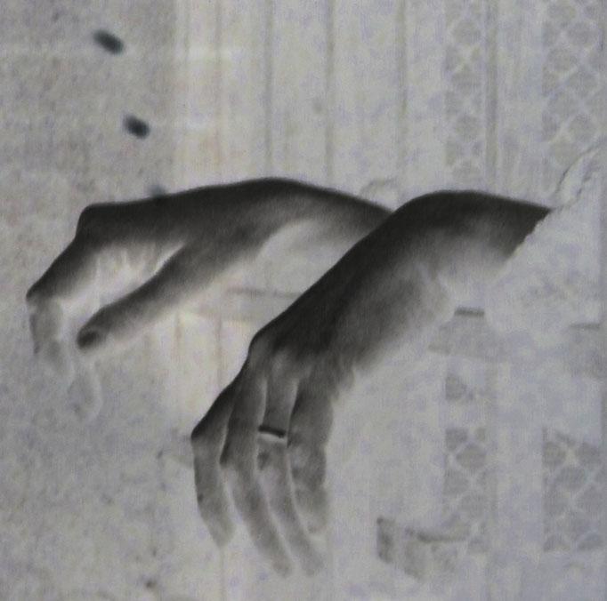 Von Händen und Füßen - Lissanbon, 2018. Fotoprint, limitierte Auflage von fünf Fotos, 30x40 cm © Christian Benz