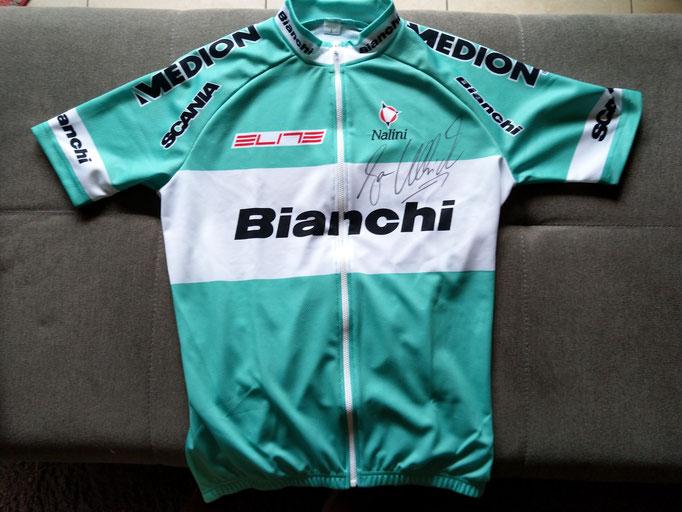 Trikot von Jan Ullrich vom Team Bianchi