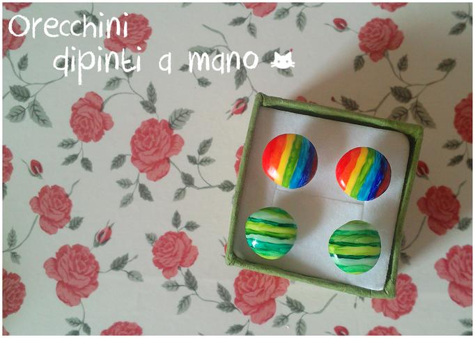 Piccoli orecchini dipinti su pasta di fimo, 1 cm di diametro! - 6*