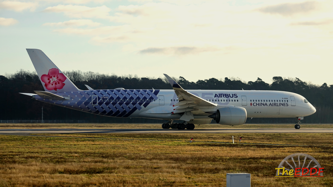 China Airlines Airbus A350-900 B-18918 (Carbon Livery)