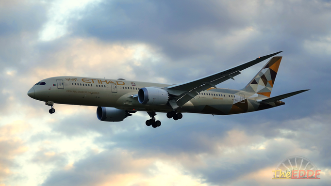 Etihad Airways Boeing 787-9 A6-BLH