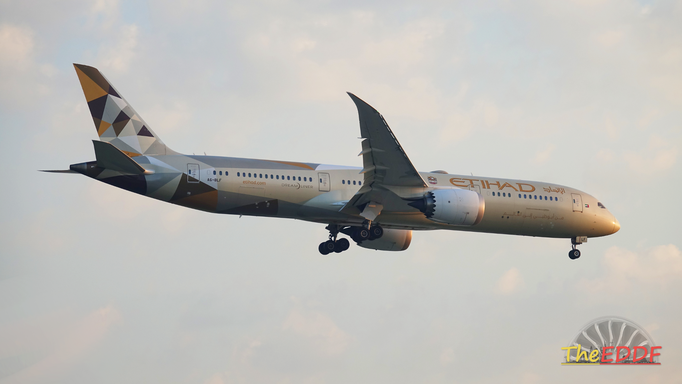 Etihad Airways Boeing 787-9 A6-BLF