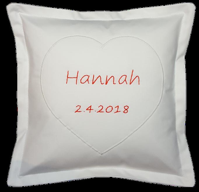 Personalisiertes Geburts- oder Taufkissen mit handgestickten Namen und Geburts- oder Taufdatum