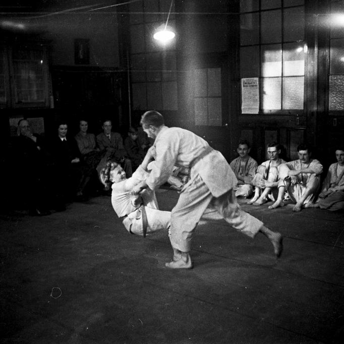 Moshé unterrichtet Judo in Schottland