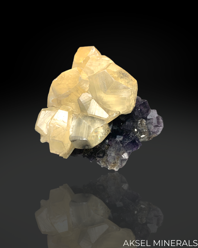 AM436 - Calcite sur Fluorite - Zhongjia Mine, Xinluo District, Longyan, Fujian, Chine