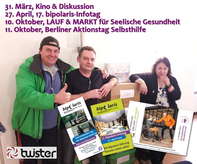 Schon beim Zukleben der Flyer-Briefe half uns spontan Jörg - vom Twister-Kurierdienst.