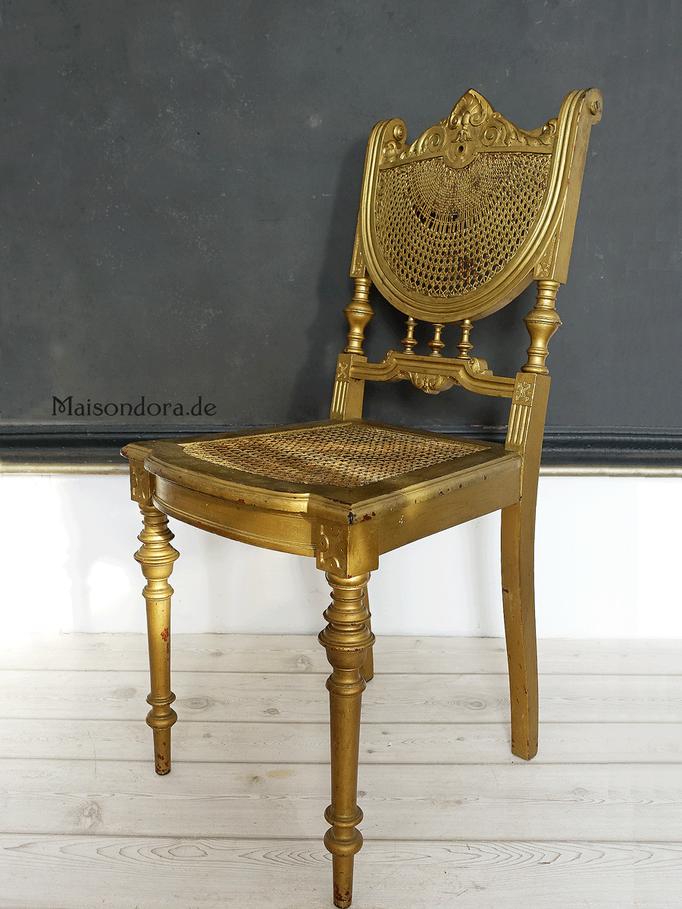 Antiker Stuhl in Gold