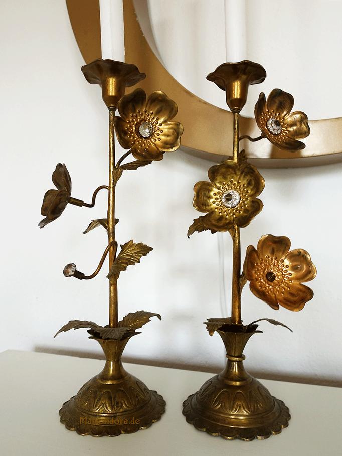 Antike Altarleuchter mit Messingblüten Frankreich um 1900