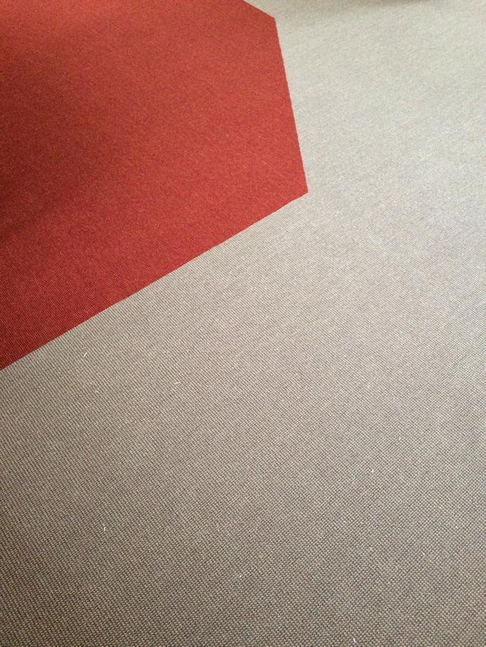 Teppich in Zonen eingeteilt