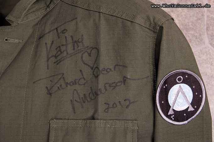 my personalized autograph on the jacket he wore for the picture <3 © pic by shinzo //degoutrie fotografie