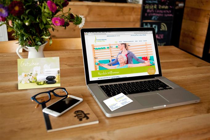 Kunde: Physiotherapie Fuhlsbüttel / Website Gestaltung / Logoentwicklung / Geschäftsausstattung / Gutschein
