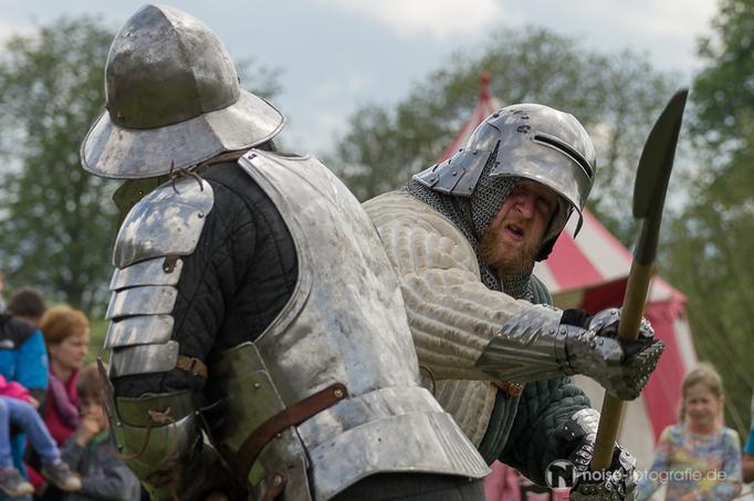 Ritterspiele mit Mus Rustikus beim SILOAH - Mittelalterliches Blütenfest in Neufrankenroda 2015