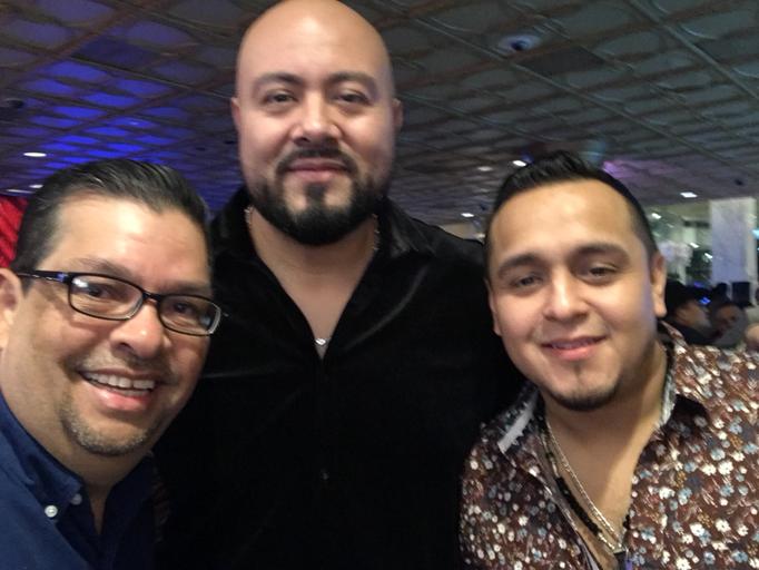 Con Oscar Urbina y Hersey - Alacranes Musical