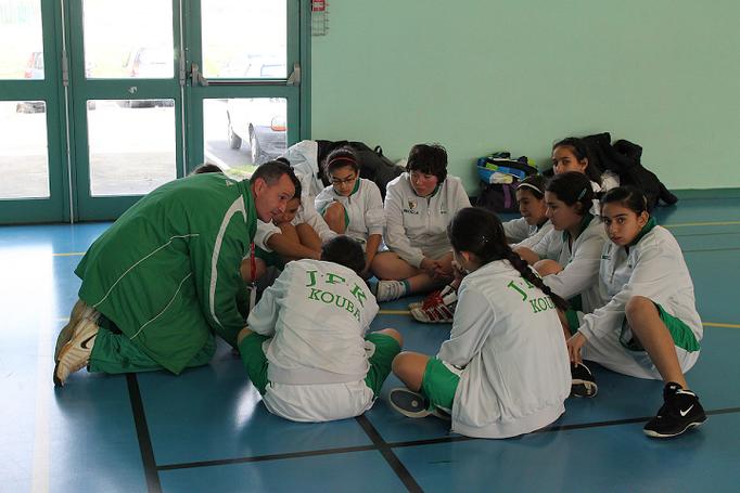 Les joueuses algériennes de Kouba attentives aux consignes du coach