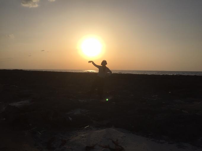 夕陽と踊るJOU @小野津 (喜界島)