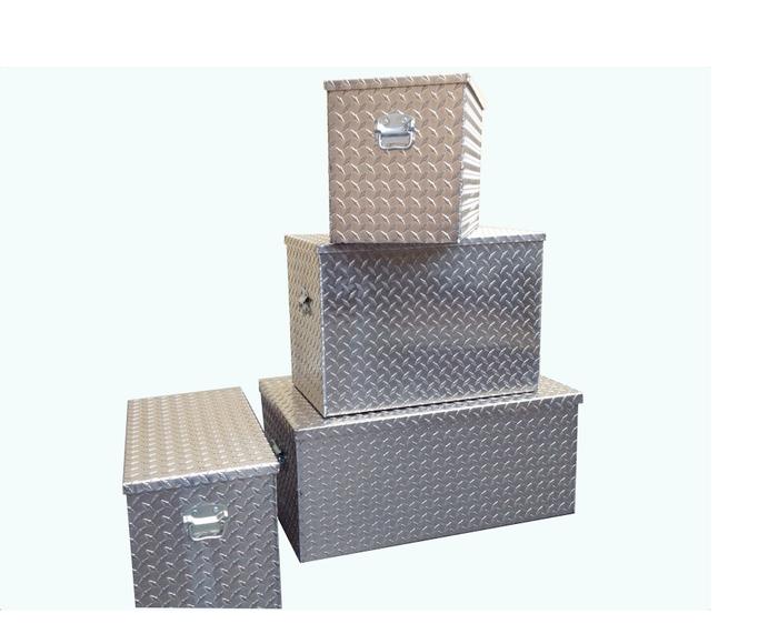 Cajas-de-aluminio-resistentes