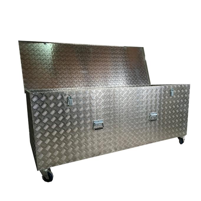 Cajones-de-aluminio-de-gran-capacidad