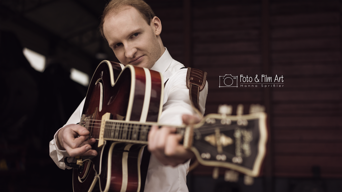 Henry - Gesang/Gitarre