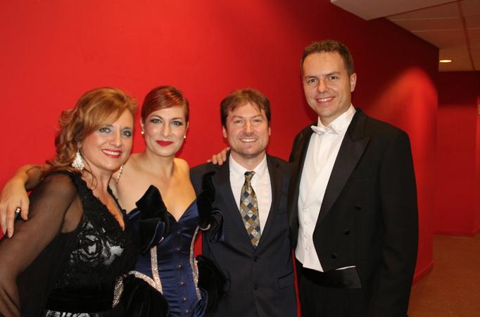 Con Pilar Jurado, Duncan Gifford y Ángel Cortés