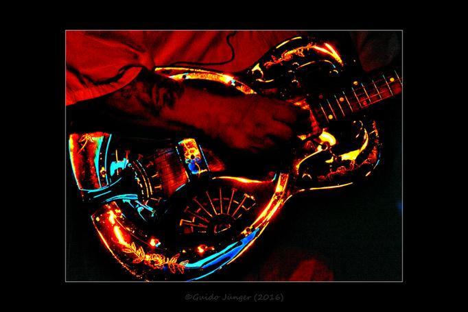 """""""Lightning Guitar"""""""