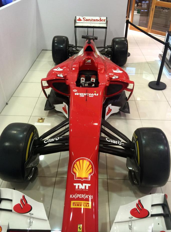 Formel 1 Replica Showcar mieten