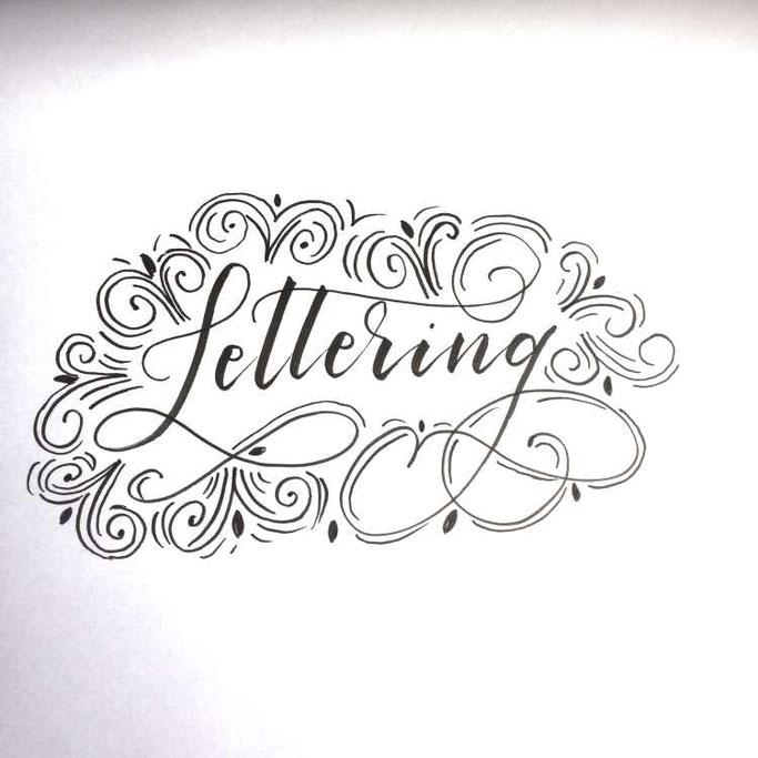 Letter Lovers tiniletters: Handlettering Lettering