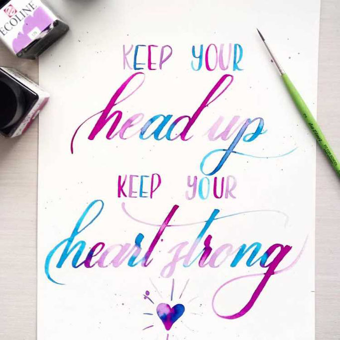 Letter Lovers frauleinausten: Handlettering Spruch keep your head up keep your heart strong