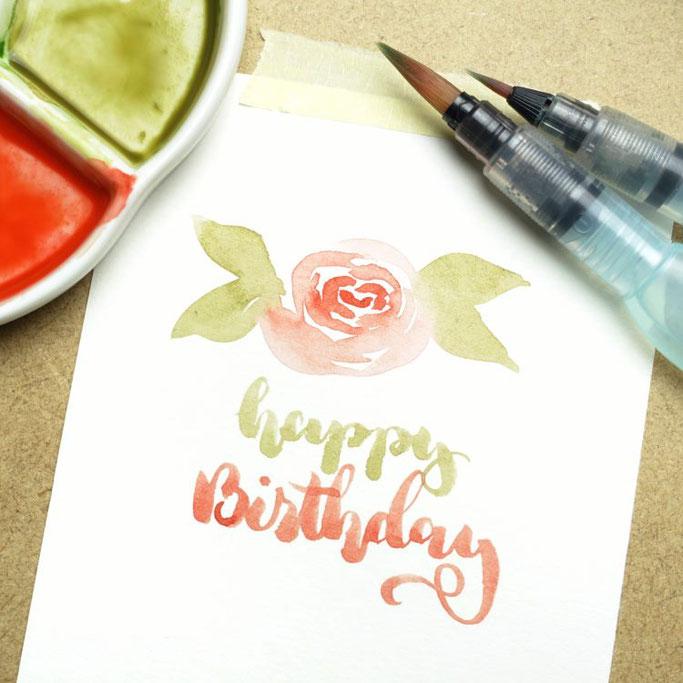 Letter Lovers buntgepinselt: Handlettering Anleitung für lockere Aquarellblumen - Rosen mit Blätter selber zeichnen