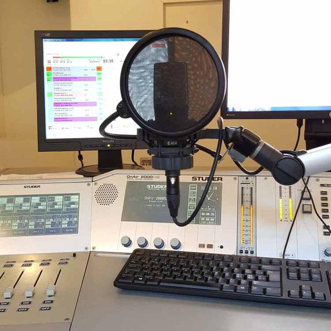 12 von 12 im Dezember - Radiostudio