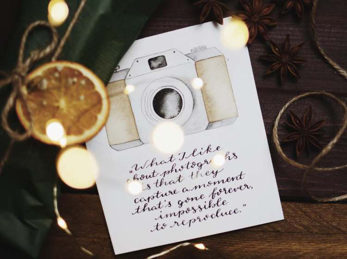 Letter Lovers vierneuntel: Handlettering quote What i like about photographs